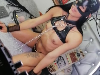 Video of barbie_dool